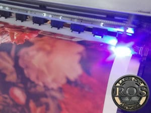 Mesin Digital Printing UV Roll
